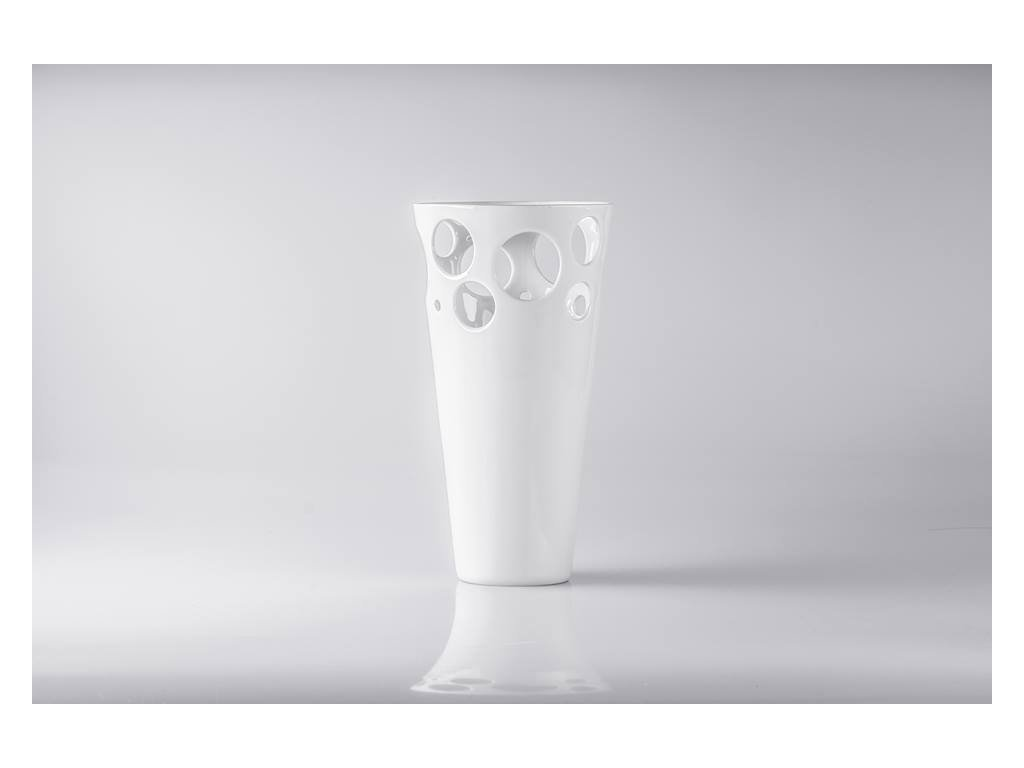 váza, váza na květiny, designová váza, bílá váza, dekorativní váza, vázy dekorace, moderní váza, porcelánová váza, bandaska, doplňky do interiéru, dekorace do bytu, bytové doplňky, designové doplňky, bytové doplňky eshop, moderní doplňky do bytu, luxusní bytové doplňky, dekorace do obýváku, český porcelán, porcelán